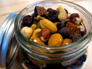Homemade {Organic} Hazelnut Fig Trail Mix // Healthy Snack + DIY Christmas Gift | Freshly Grown
